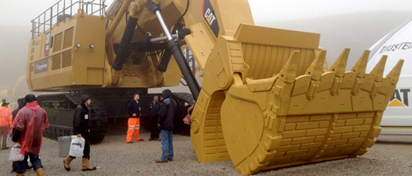 Photograph of 287 tonne CAT 6030 Machine at Hillhead 2012