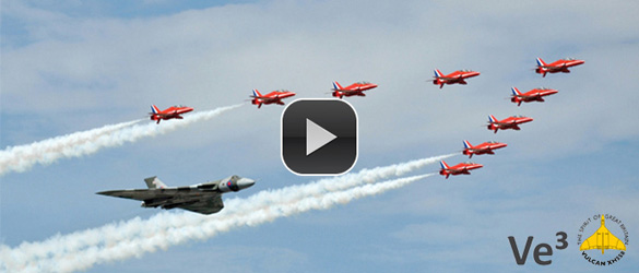 screen shot of Video of Vulcan flying at Farnborough 2010
